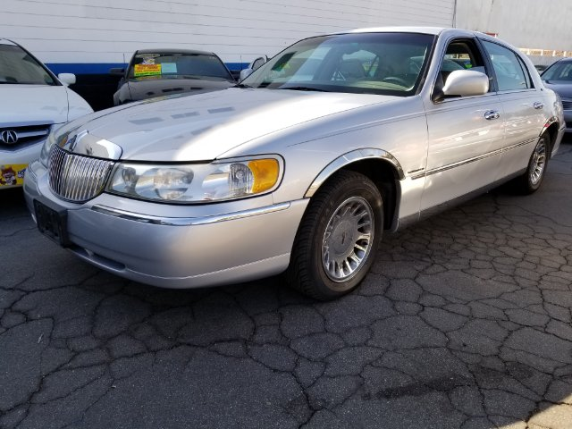 1999 Lincoln Town Car Cartier Metro Auto In La Habra Ca